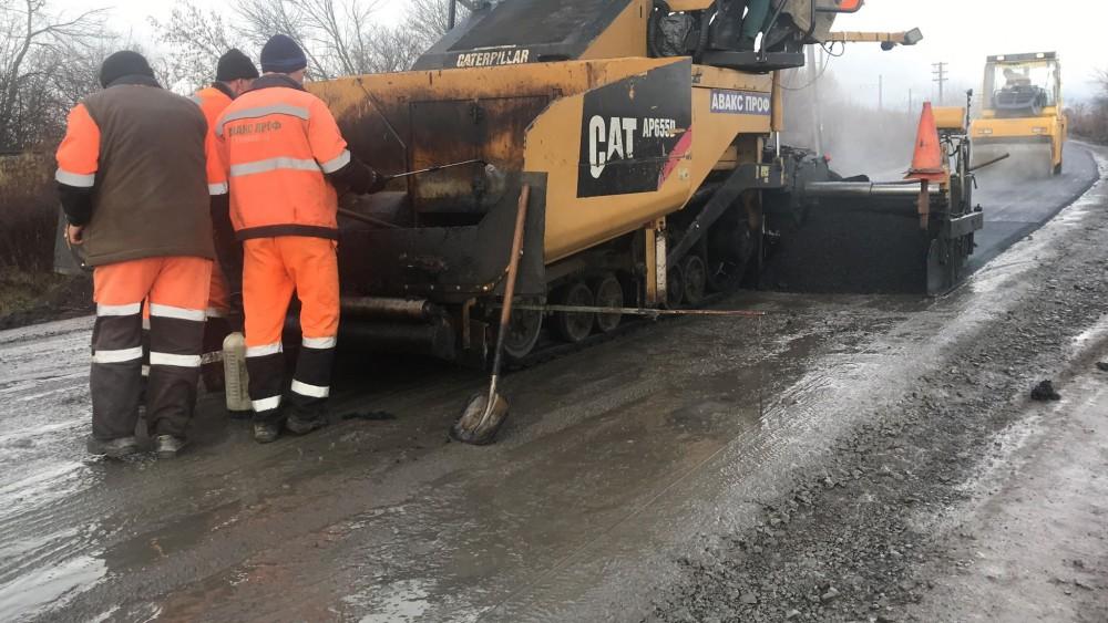 Служба автодоріг не платитиме за неякісний ремонт на Косівщині